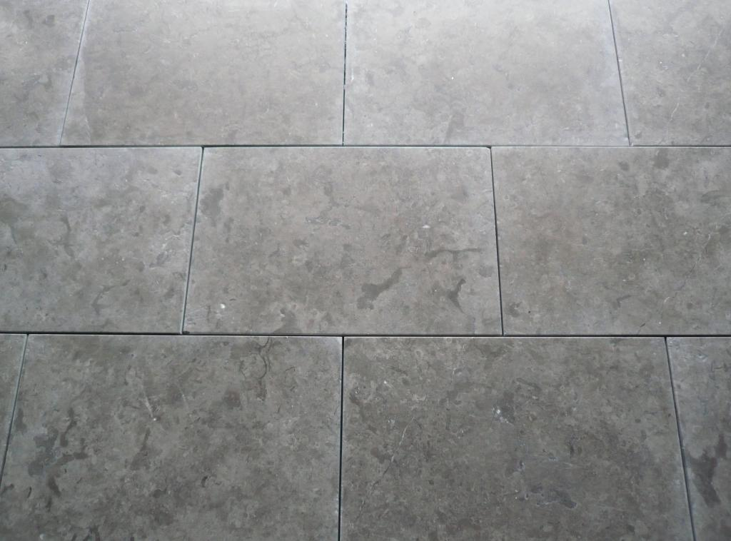 Gamme indoor pierre arc alpin en valais for Joint carrelage gris perle